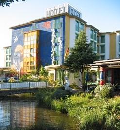 Ausstellung for Karlsruhe design hotel